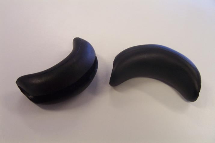 Black rubber neck for basin